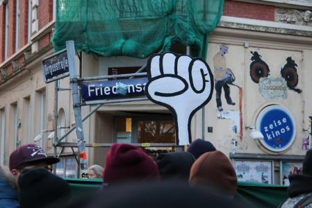 Kundgebung in der Friedensallee
