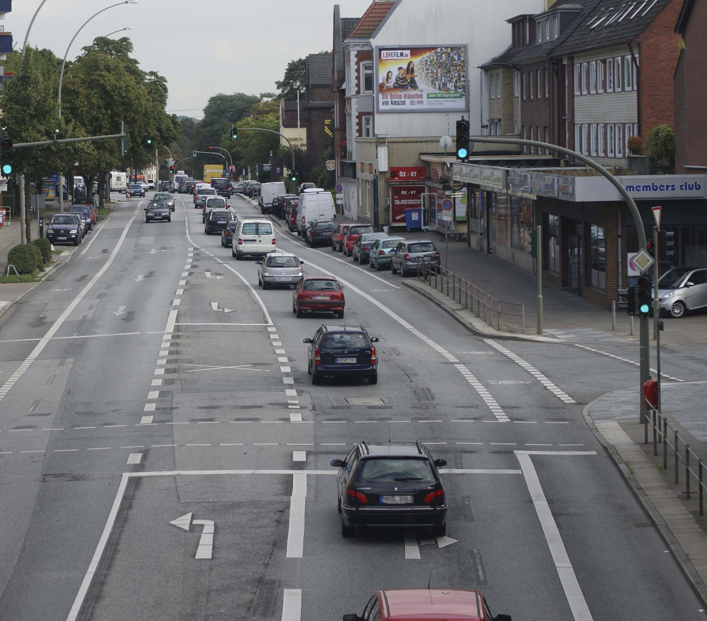 Foto: Dominik Brück | Die Billstedter Hauptstraße nach der Verengung