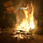 Die Feuer wurden immer wieder mit umherliegendem Müll gefüttert.