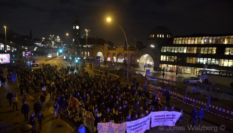 Demonstration: Stadt voller Konflikte