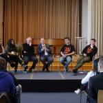 Diskussion zwischen SchülerInnen, Olaf Scholz und Friday Emitola