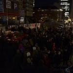 Rund 200 Menschen forderten am Mittwoch die Umsetzung der Resolution, die auf der Stadtteilversammlung beschlossen worden war.
