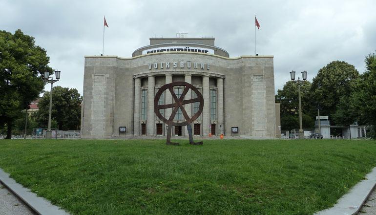 Rosa-Luxemburg-Platz_Volksbühne
