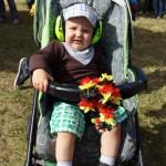 Jack, der jüngste Festival-Besucher - natürlich mit Gehörschutz.