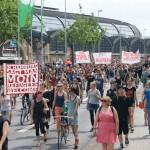 Rund 900 Menschen zogen friedlich vom Hauptbahnhof nach St. Pauli
