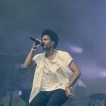 """Hier rappt Ahzumjot: Sein Debütalbum """"Monty"""" sorgte schon Ende 2011 für Furore, jetzt ist der Ausnahme-Rapper wieder da: Die neue Single """"Es Ist Gut Wie Es Ist"""" ist bereits draußen, das neue Album """"Nix Mehr Egal"""" erscheint am 22. August."""